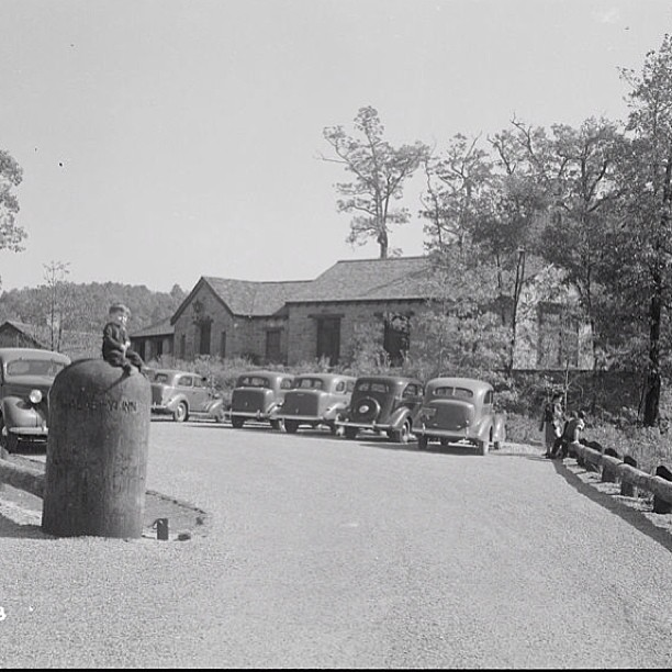 This is a photo from 1953 when Mountain Crossings was still the Vogel Lodge.