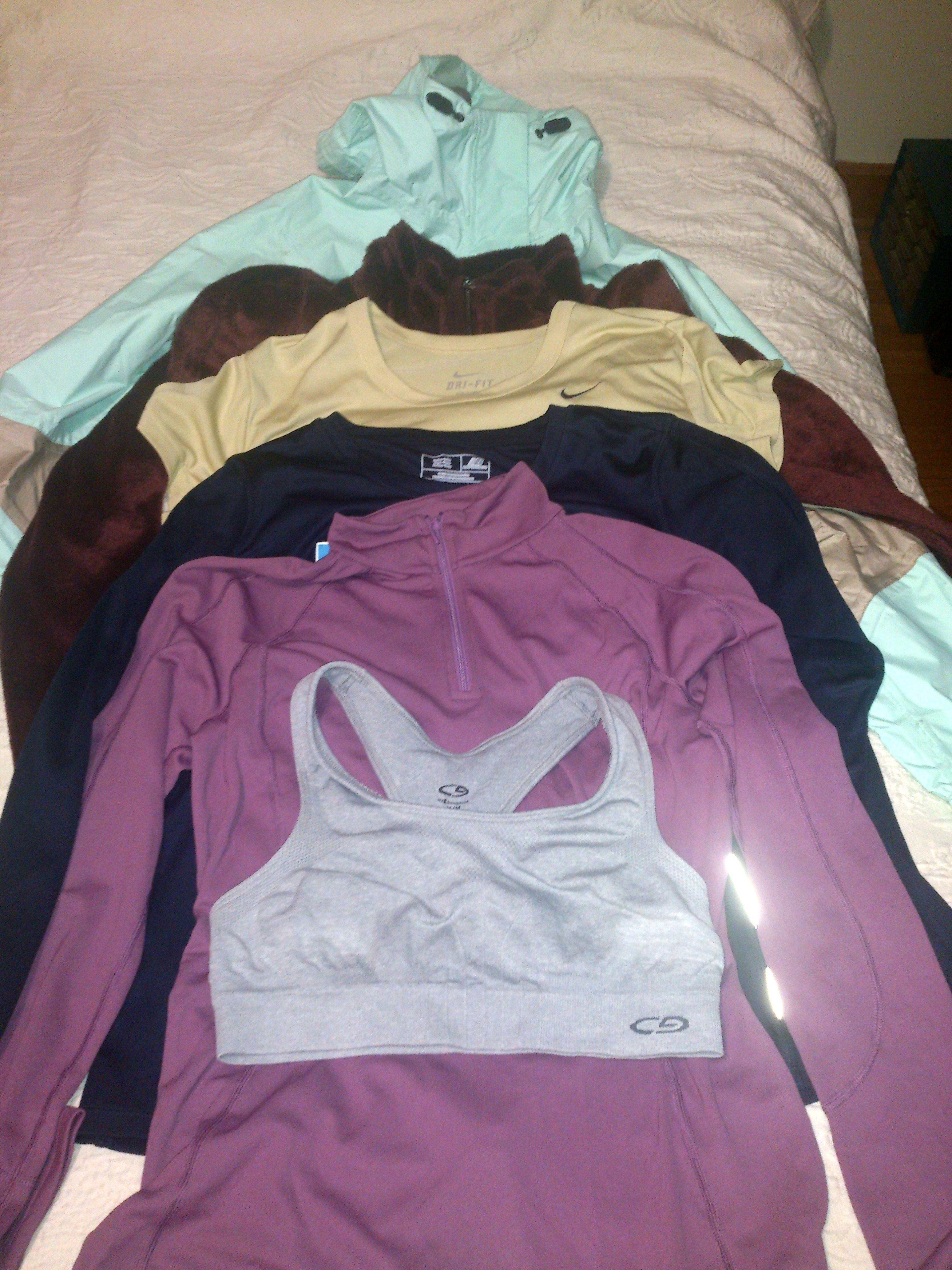 Mariposa thru-hiking clothes