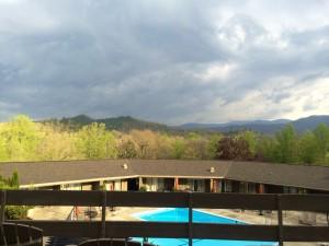 Storm's a brewin' at Fontana Lodge