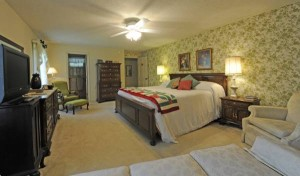 The Rose room. (Photo courtesy of Roan Mountain Bed & Breakfast)