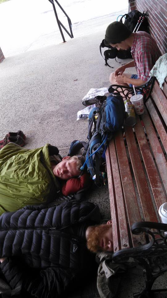 Quintessential hiker trash: napping and using the outlets.
