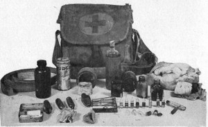 Japanese_World_War_II_first_aid_kit