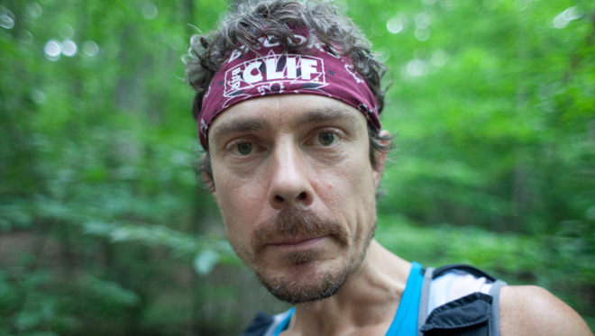 Jurek donned labels for Clif Bars and Brooks Running shoes and clothing throughout his record-breaking thru-hike. Image courtesy of Outside Online.