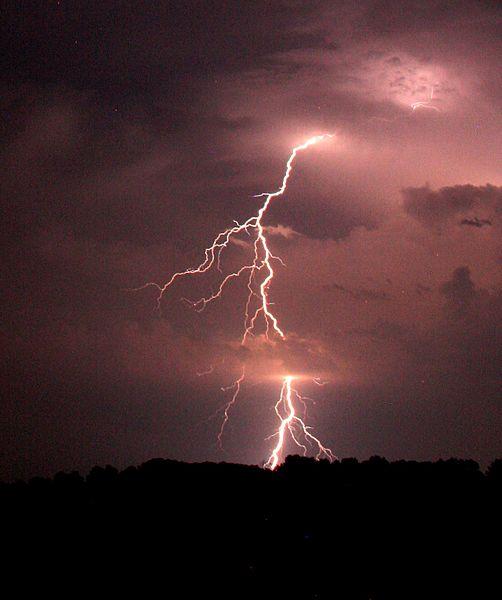 Staccoto_Lightning
