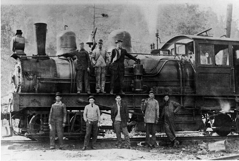 A logging train in the Smoky Mountains. National Park Service archives.