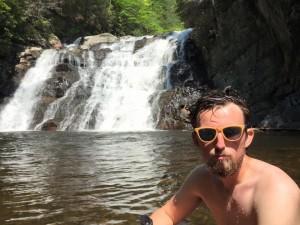 beard selfy falls