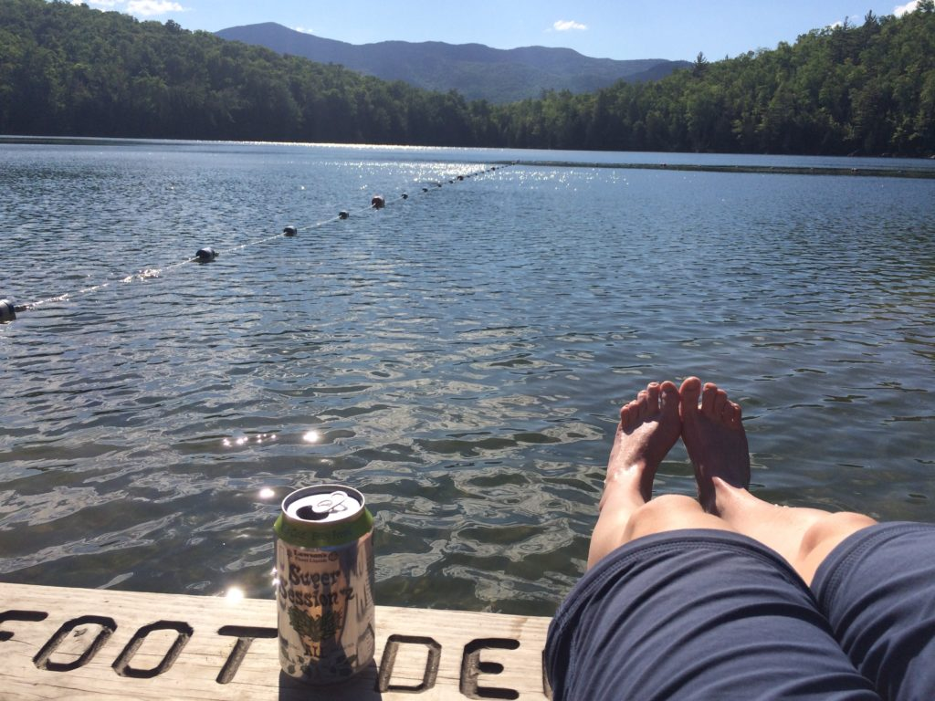 The perfect ending to a hike: dipping toes into Heart Lake with an ice cold beer