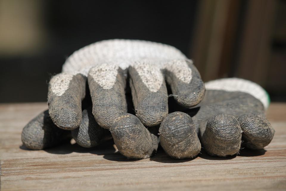 gloves-332172_960_720