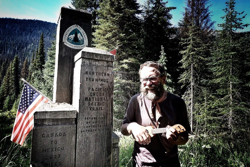macgyver 8/19 pct hiker