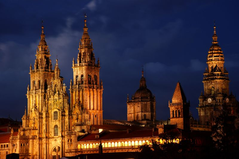 santiago-cathedral-by-night