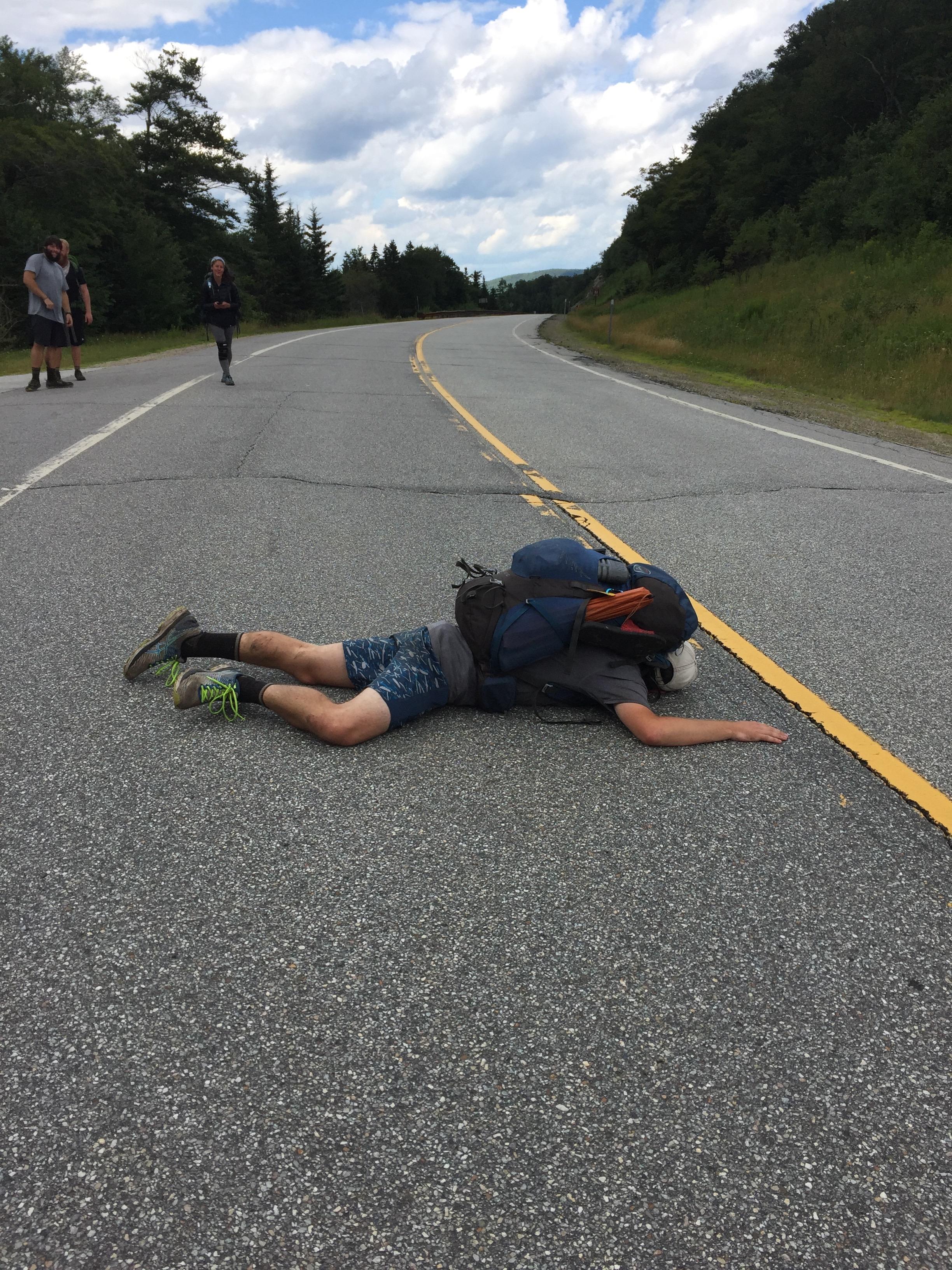 Rocket Tries To Hitchhike