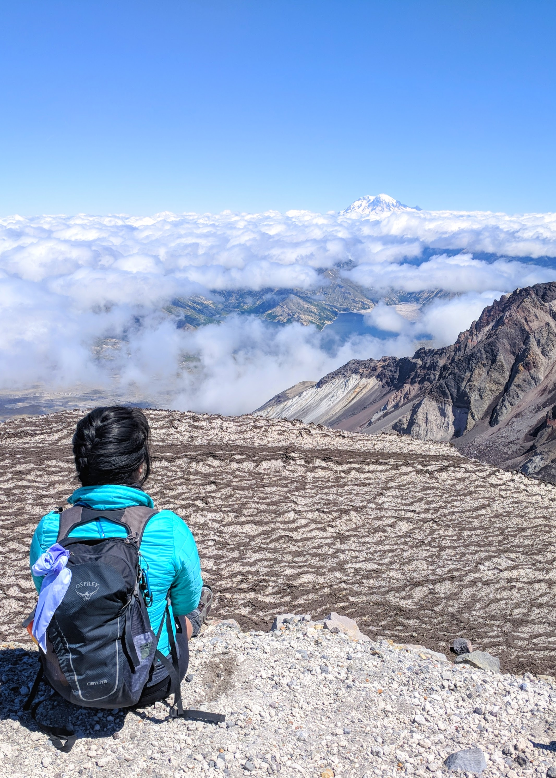hiking-the-pct-mount-st-helens