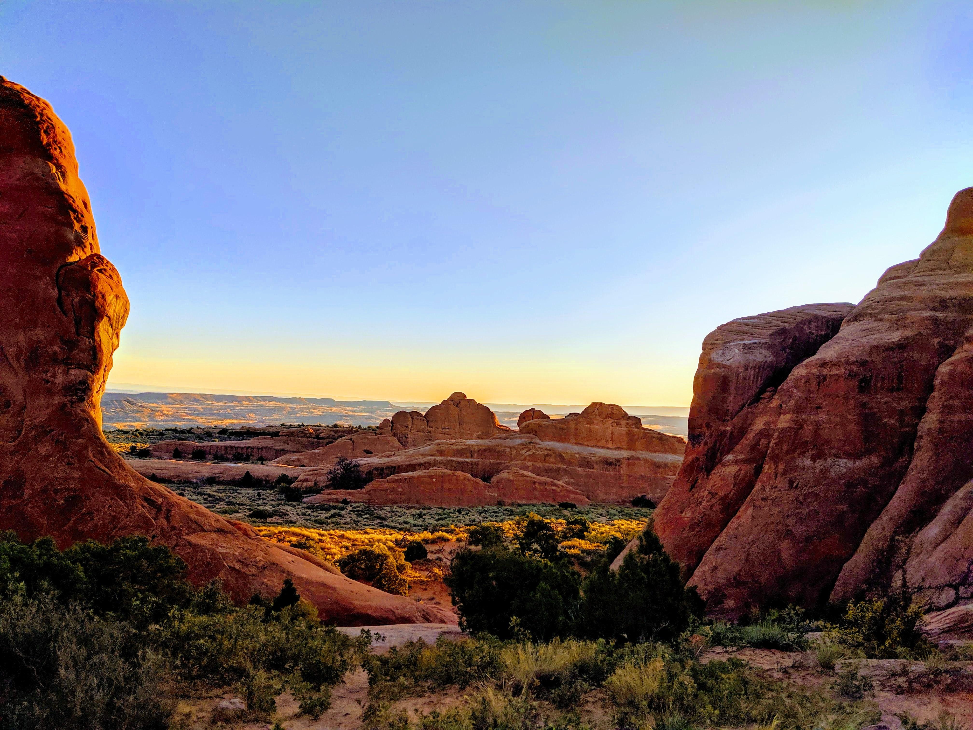 Hiking Moab Parks - The Trek