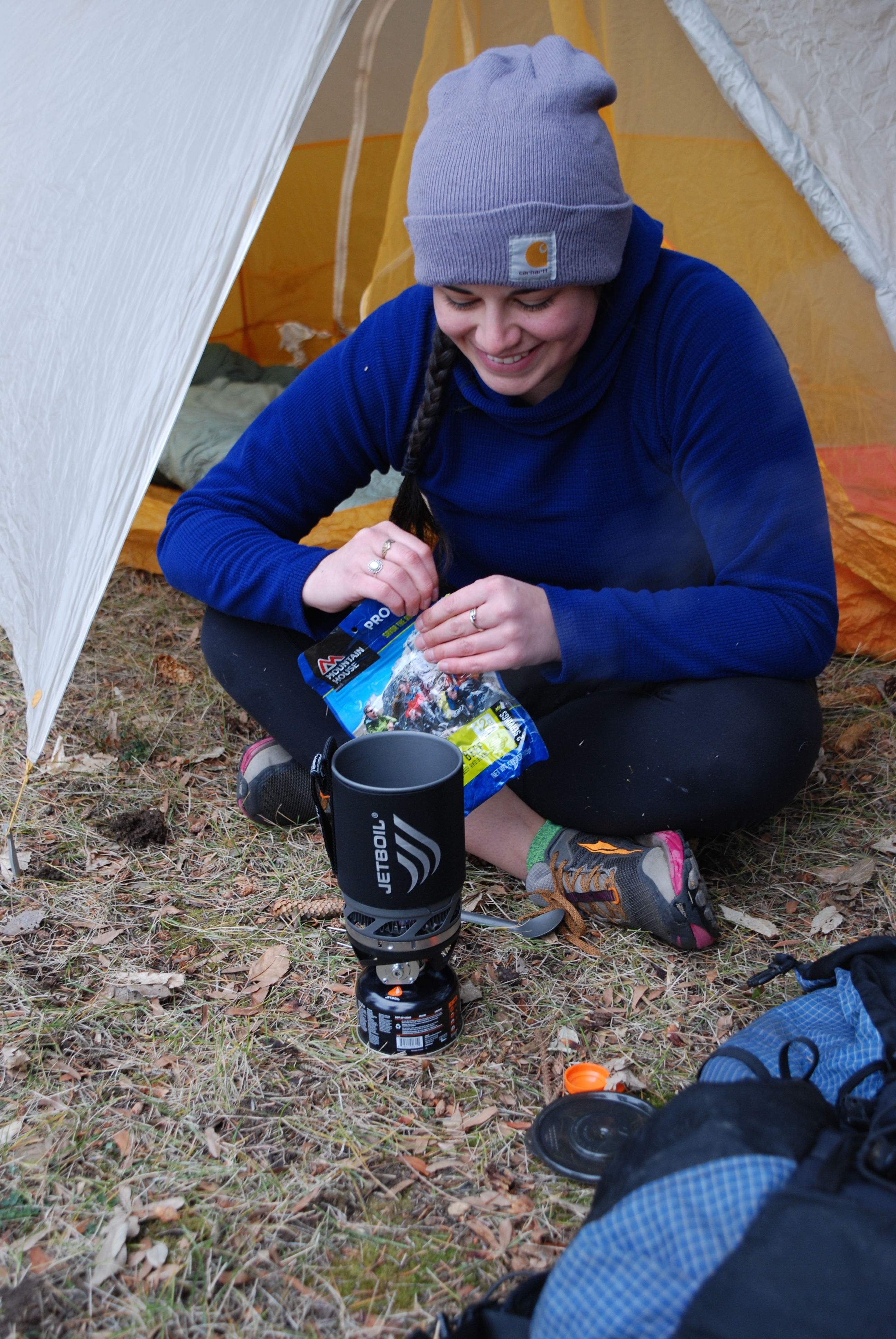SoulShine making Chili Mac with her JetBoil MicroMo