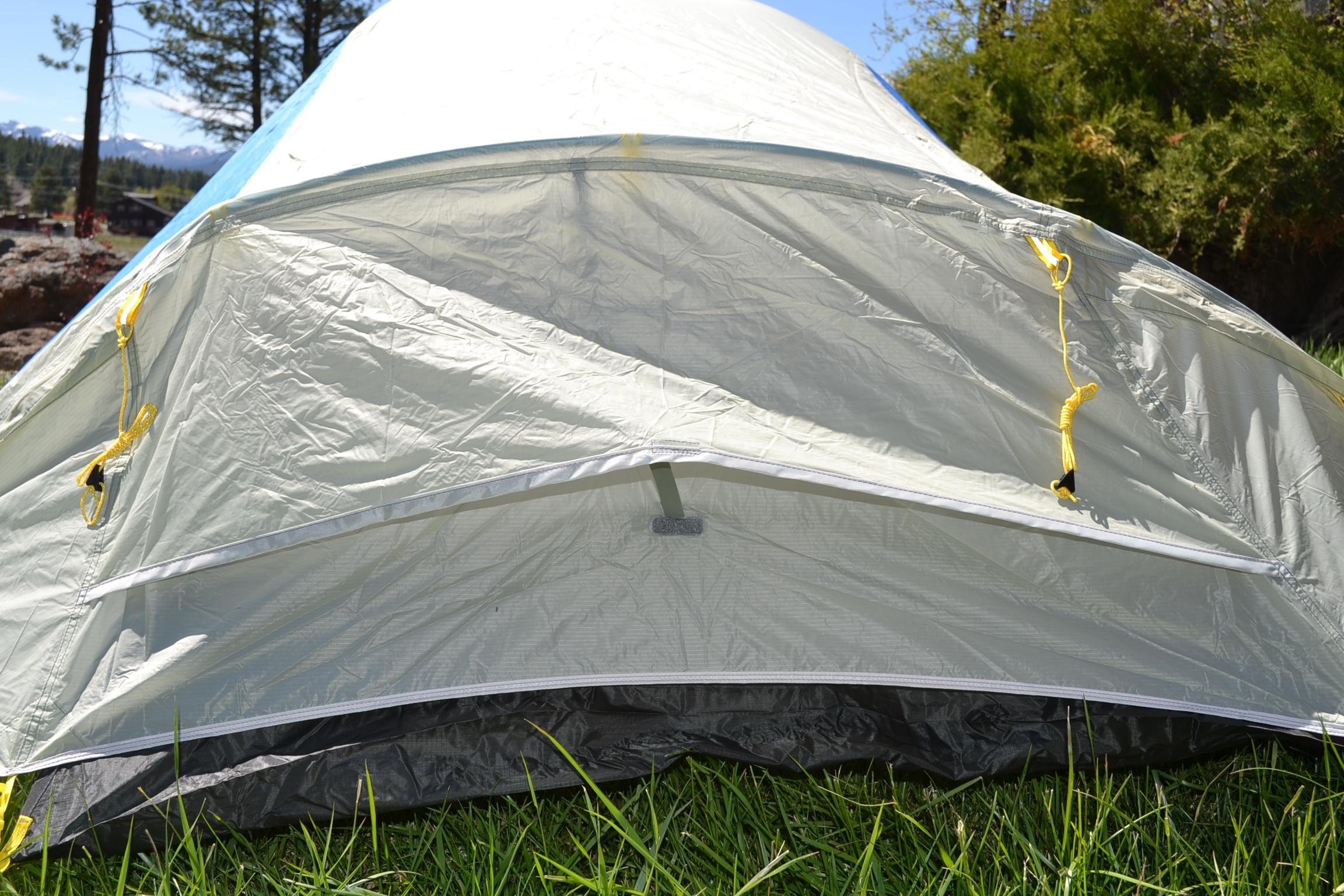Sierra Designs High Side 2 Tent - foot vent