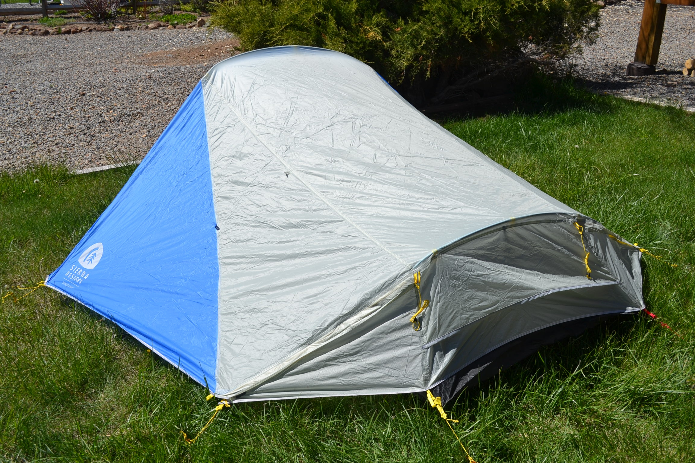 Sierra Designs High Side 2 Tent - at a glance