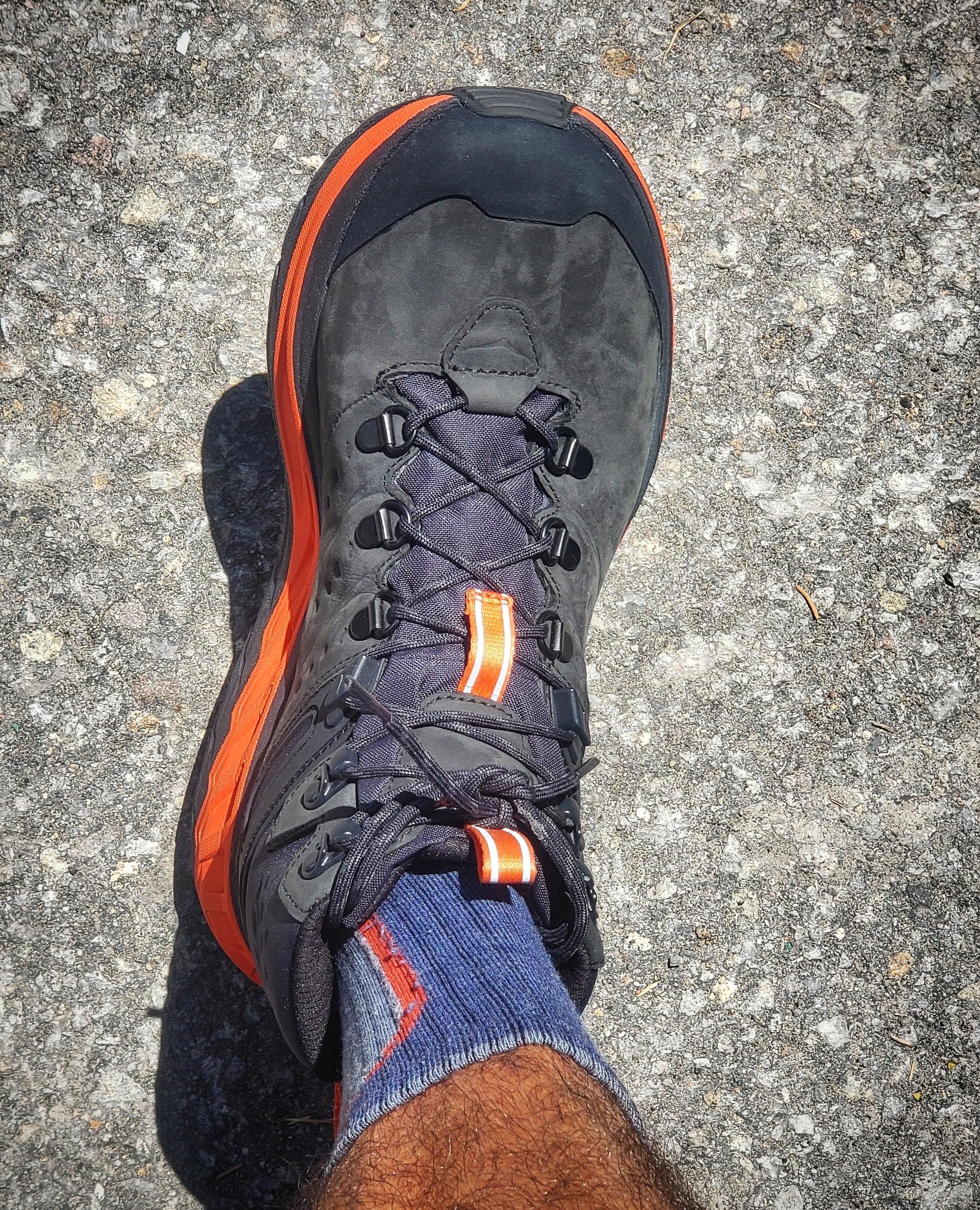 Hoka One One Stinson Mid GTX Hiking Shoe - at a glance