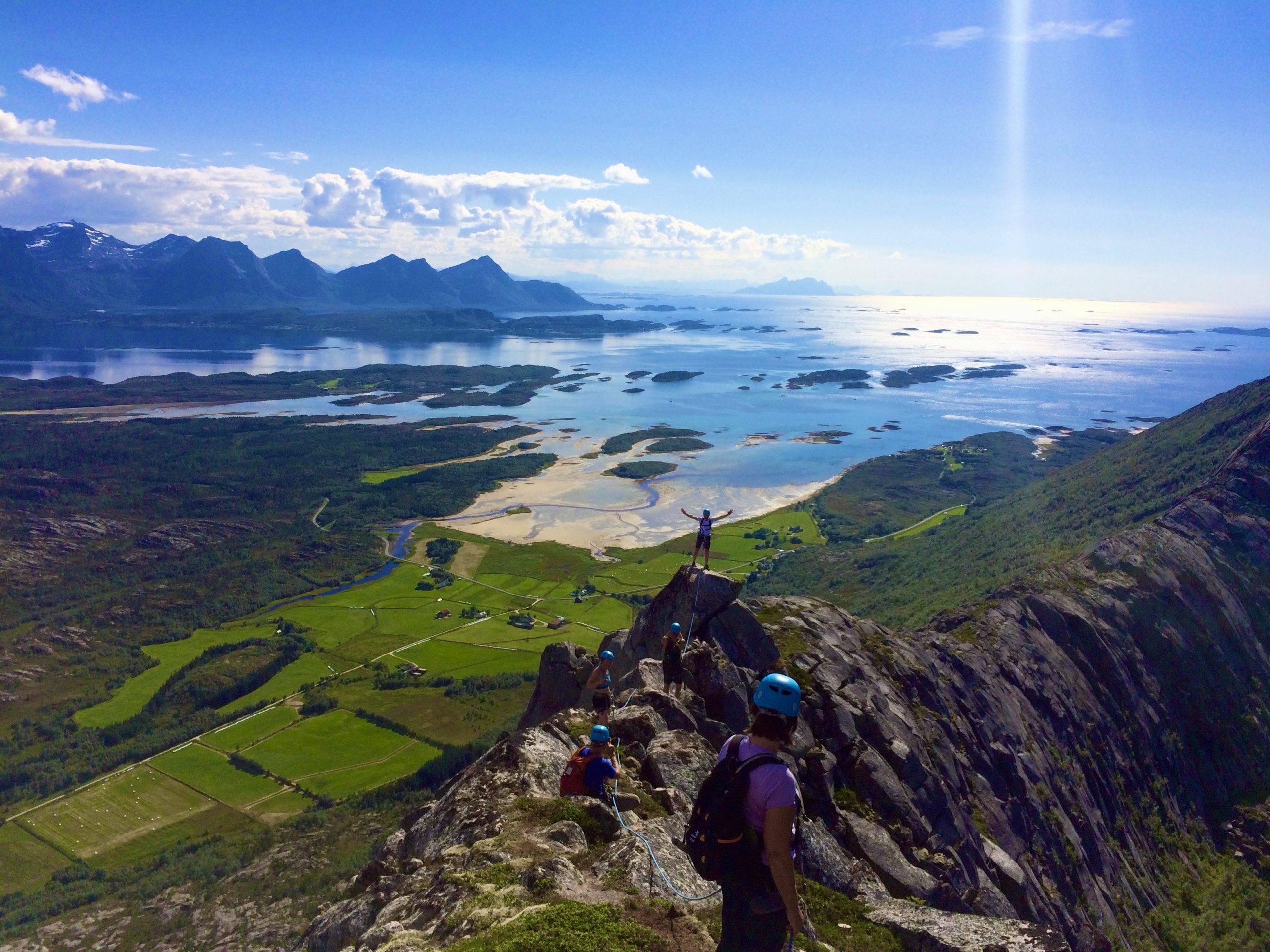 professional backpacking guide norway