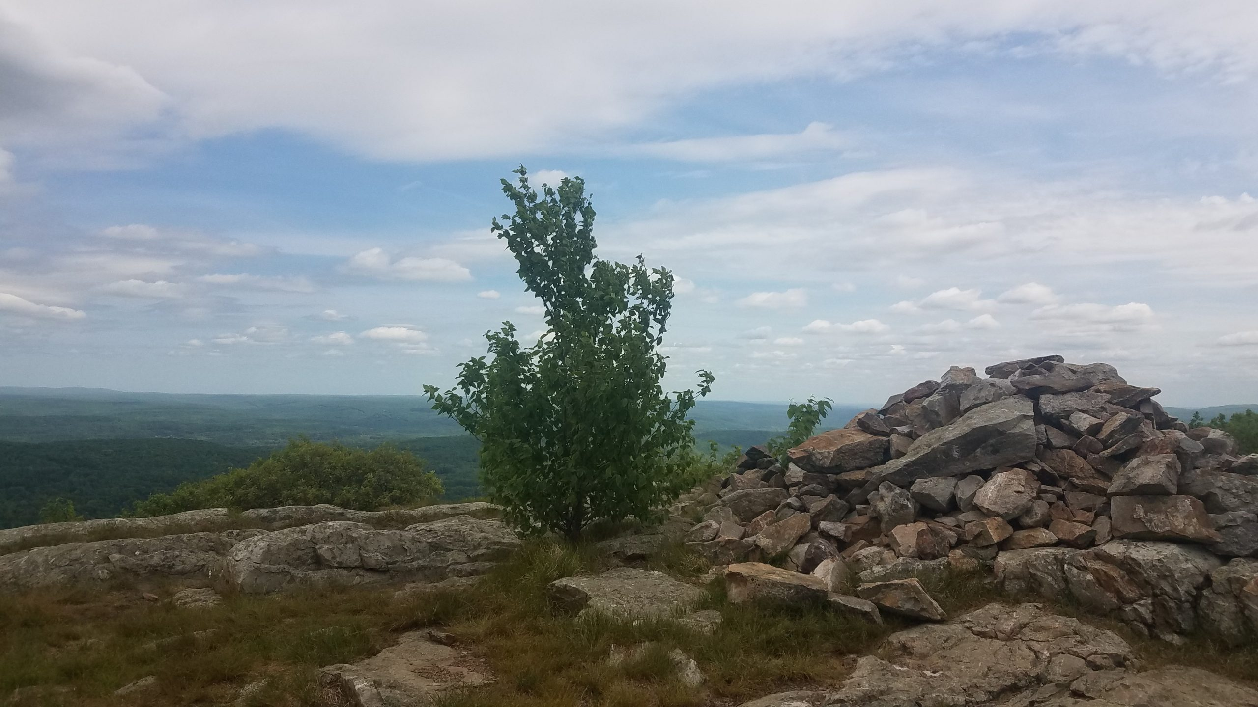 Photo of a view atop a ridge in New Jersey